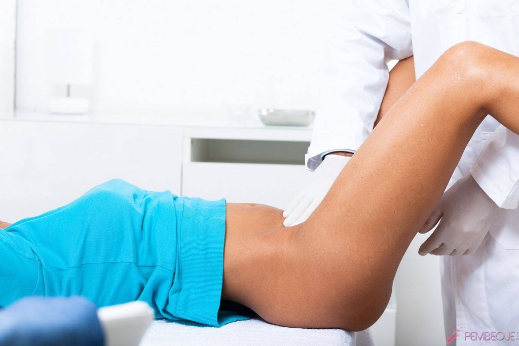 Пациентка занимается сексом на приёме у доктора