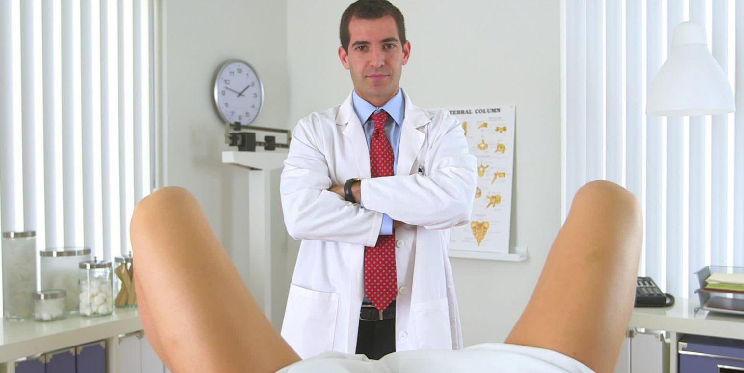 seks-ginekologov-s-patsientami