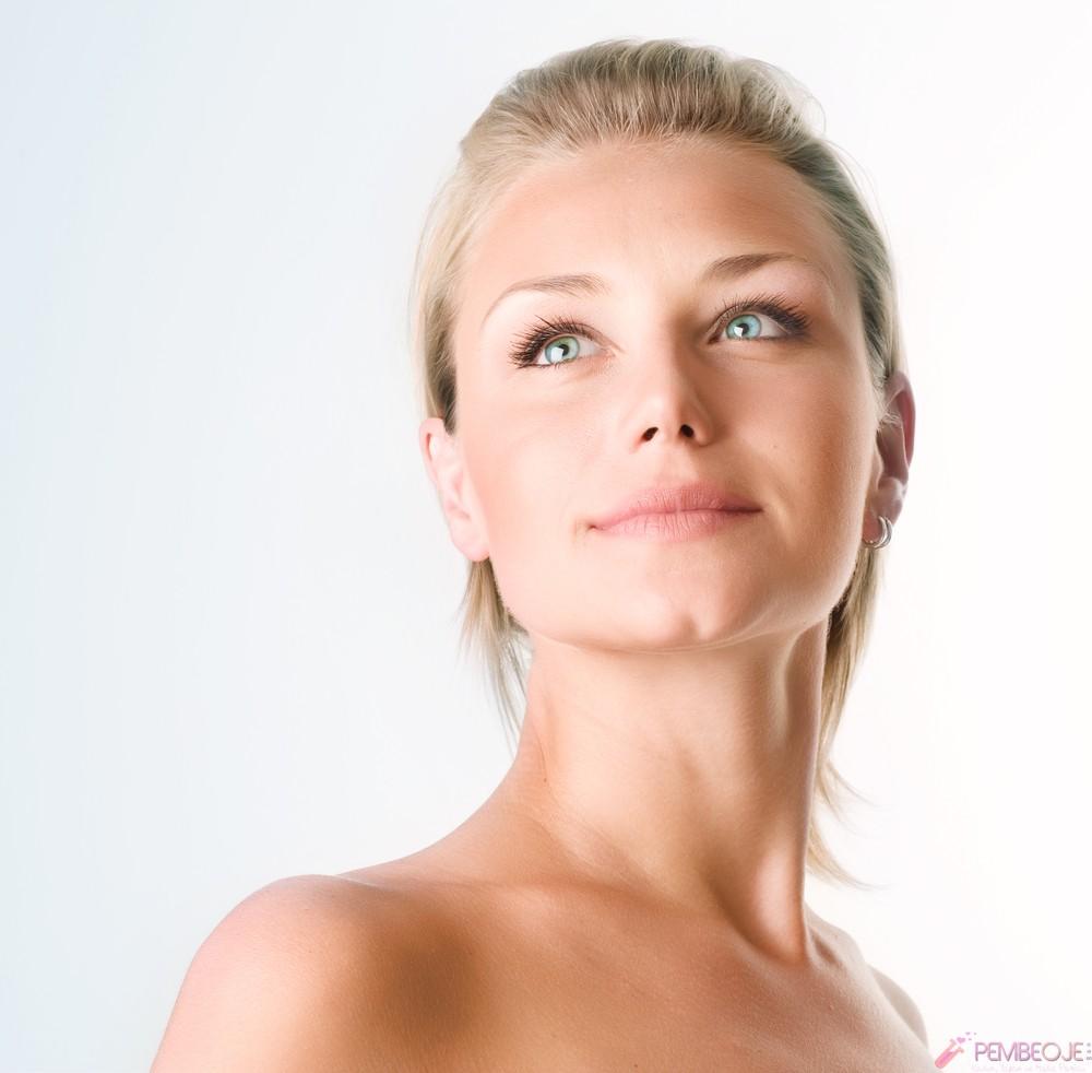 Yüzün Sarkması Nasıl Önlenir