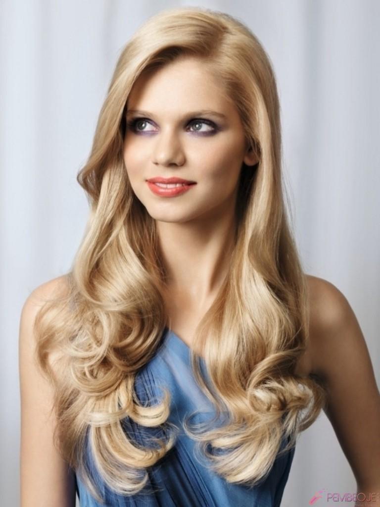 Yüzü Ortaya Çıkaran Saç Modelleri