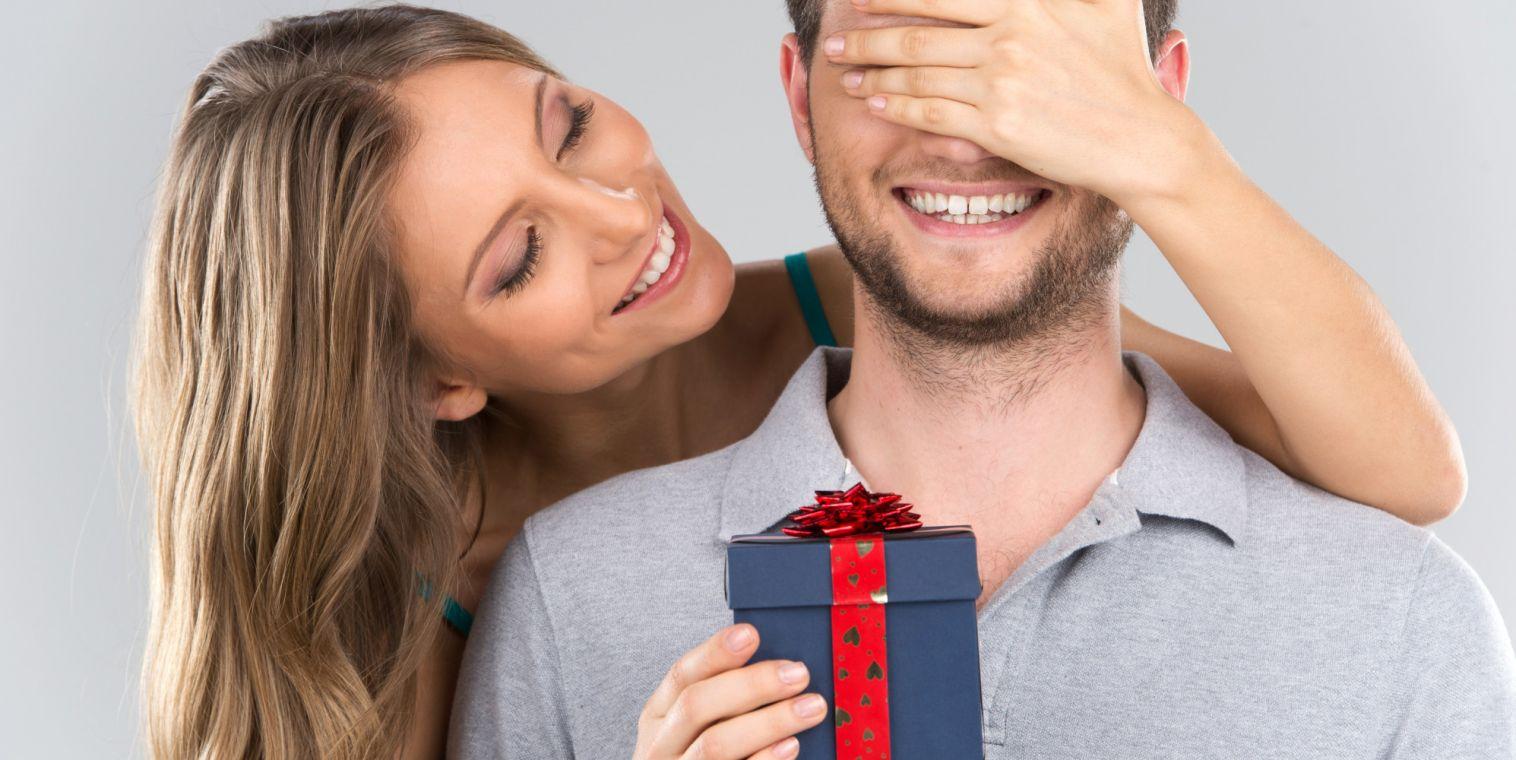 Чем удивить подарком любимого мужчину